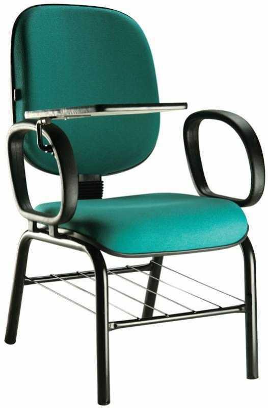 Cadeira Universitária com Prancheta Escamoteável Brooklin Novo - Cadeira Universitária com Prancheta Dobrável