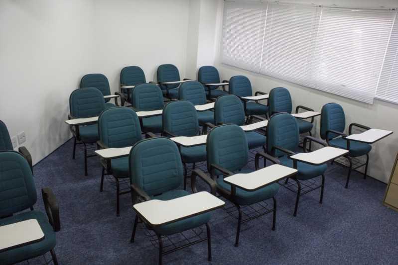 Cadeiras Universitárias com Prancheta Frontal Alto de Pinheiros - Cadeira Universitária Estofada