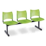 móveis para recepção de escola